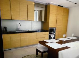 For RentCondoSilom, Saladaeng, Bangrak : Condo for rent Saladaeng Residences (Saladaeng Residence) *2 bedrooms, ready to move in*