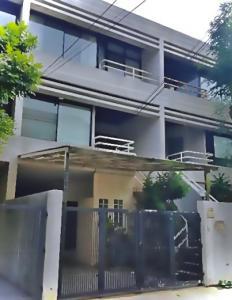 For RentHome OfficeOnnut, Udomsuk : Home Office for RENT [BTS Bangchak] Home office for rent 500 meters to BTS Bangchak.