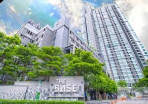 For SaleCondoOnnut, Udomsuk : Condo for sale near BTS, 31 sq.m. TheBaseParkWest Sukhumvit77 Condo The Base Park West Sukhumvit 77, 5th floor, cheap price, good location