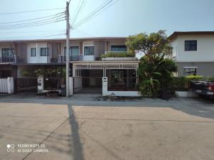 For RentTownhousePattanakan, Srinakarin : LBH0142 Townhouse for rent, Pruksa View 73 Phatthanakan 44 near BTS On Nut.