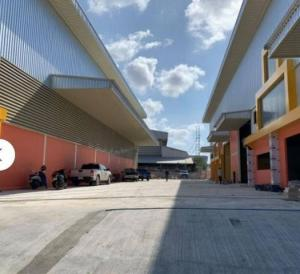 For RentFactorySamrong, Samut Prakan : Factory for rent, purple area with office Container trucks can enter. Area 520 sq.m., Praeksa, Samut Prakan, industrial factory in purple area. It is a newly built factory.