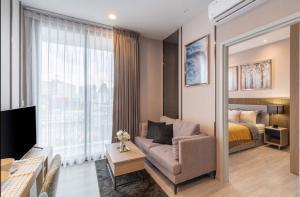 "For RentCondoSukhumvit, Asoke, Thonglor : 🚨 XT EKKAMAI 🚨 ""Hot deal!!! "" 1 bed 1 bath 31 sq.m. Floor 9 : Price 18 K"