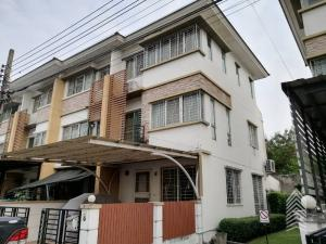 For SaleTownhouseLadprao101, The Mall Bang Kapi : 3-storey townhouse for sale, Ladprao 101, price 3,650,000 baht.
