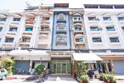 For SaleTownhouseLadprao101, The Mall Bang Kapi : 3459-A😍 For SELL Townhome for sale 5.5 storeys, 6 bedrooms🚄near MRT Bangkapi🏢Ladprao 🔔House area:12.00 sq wa 🔔 Usable area:300.00 sq mSale:6,200,000฿📞O88-7984117, O65-9423251✅LineID:@sureresidence