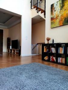 ขายทาวน์เฮ้าส์/ทาวน์โฮมอ่อนนุช อุดมสุข : ขายบ้านทาวน์โฮม 3.5 ชั้น พร้อมผู้เช่า สุดยอดทำเล ใกล้บีทีเอสอ่อนนุช
