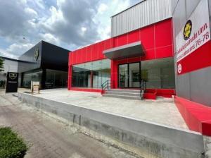 For RentOfficePattanakan, Srinakarin : (1) BS193 office showroom for rent, area 1 rai 42 square wa, next to Phatthanakan Road, Prawet District.