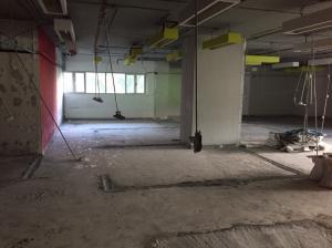 เช่าสำนักงานนานา : พื้นที่ให้เช่า 256 ตรม. ชั้น 2 อาคารเทรนดี้ AOL-2106004030