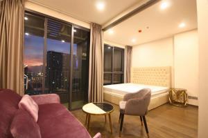 For SaleCondoRatchathewi,Phayathai : +++ Urgent rent/quick sale!!! Ideo Q Siam – Ratchathewi*** studio 1 bathroom, size 29.5 sq.m., fully furnished +++