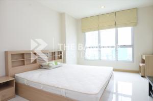 For RentCondoSathorn, Narathiwat : Hot Deal!! Large Room Condo for Rent Near BTS Chong Nonsi - Life@Sathorn 10 @17,000 Baht/Month
