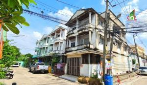 For SaleTownhouseBang Sue, Wong Sawang : 3-storey townhouse, Phibun Bang Sue University. Phibun Songkhram Road, Dusit District, Bangkok