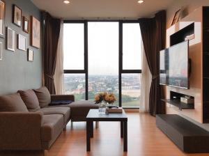 For RentCondoChengwatana, Muangthong : 2 bedroom condo for rent, The Base Chaengwattana, Building B, 19th floor, fully furnished with washing machine.