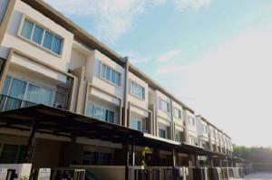 เช่าทาวน์เฮ้าส์/ทาวน์โฮมสุขุมวิท อโศก ทองหล่อ : For Rent ให้เช่าทาวน์โฮม 3 ชั้น โครงการลุมพินี ทาวน์ เพลส สุขุมวิท 62 Lumpini Town Place Sukhumvit 62 For Rent แอร์ 4 เครื่อง Fully Furnished อยู่อาศัย หรือ เป็นสำนักงาน จดบริษัทได้