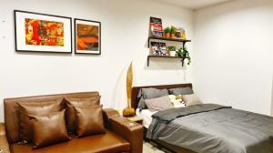 For RentCondoWitthayu,Ploenchit  ,Langsuan : Condo for rent Life One Wireless Studio, 19th fl., 28 sqm. fully furnished, beautiful room, superb view, BTS Ploenchit, 16,000!!
