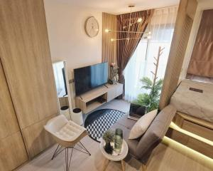 For RentCondoLadprao, Central Ladprao : 💕 Condo for rent, Life Ladprao, price negotiable, decorated in minimal style, high floor, Building A, corner room, ready to move in.