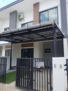 For RentTownhouseRangsit, Patumtani : New house for rent, Townhouse Unio Town, Lam Luk Ka-Khlong 4, size 18 sq m., 3 bedrooms, 2 bathrooms, 2 floors.