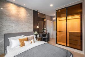 For RentCondoSukhumvit, Asoke, Thonglor : For rent, The Tree Sukhumvit 71- Ekkamai, corner room, beautiful decoration, fully furnished, ready to move in