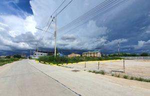 For RentLandPattaya, Bangsaen, Chonburi : Land for rent, Chonburi, Don Hua Lo, size 306 sq wa, suitable for doing business. In Amata Nakorn Phase 6-7