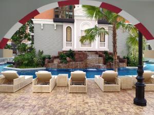 For SaleCondoPattaya, Bangsaen, Chonburi : Sale Room Pool Access Espana Condo Resort Pattaya
