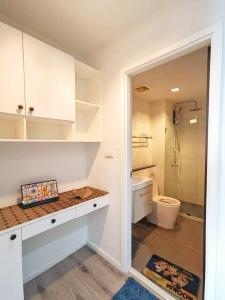 For RentCondoBangna, Lasalle, Bearing : 🔥🔥Hot Deal! Knightsbridge bearing, 30.9 sqm., 6th floor, 1 bedroom, 1 bathroom, near BTS Bearing[Code:A248]