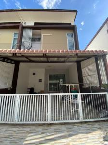 For SaleTownhouseBang kae, Phetkasem : Townhouse for sale in Mono Setthakit 39 project (3 bedrooms, 2 bathrooms) ready to move in.