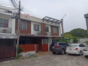 For RentTownhouseKaset Nawamin,Ladplakao : RTJ738 Townhome for rent, 2 floors, The Colors Premium, Lat Pla Khao-Kaset Nawamin Phase 3