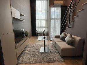 For RentCondoWongwianyai, Charoennakor : Condo for rent Ideo Sathorn-Wongwian Yai *Duplex room, very beautiful city view* near BTS Wongwian Yai
