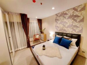 For RentCondoRama9, RCA, Petchaburi : Urgent rent, leaked room, very good price, plus luxurious decoration, super high class, Life Asoke Rama9 condo