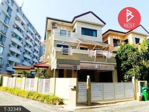 For SaleHouseRatchadapisek, Huaikwang, Suttisan : 3 storey detached house for sale, Warinthorn Ratchada 18 (Varinthorn Ratchda18), Huai Khwang, Bangkok.
