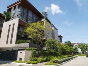 ขายบ้านพระราม 3 สาธุประดิษฐ์ : บ้านเดี่ยวหรู อนีน่า วิลล่า สาทร-เย็นอากาศ - 4 ชั้นครึ่ง พร้อมลิฟต์และสระว่ายน้ำส่วนตัว