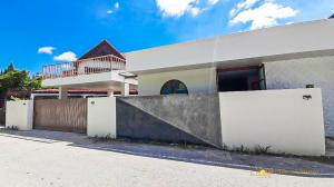 For SaleHouseChiang Mai : C1MG100110 SELLING NOW! Renovated Japanese Minimalist House w/ Roof Deck.