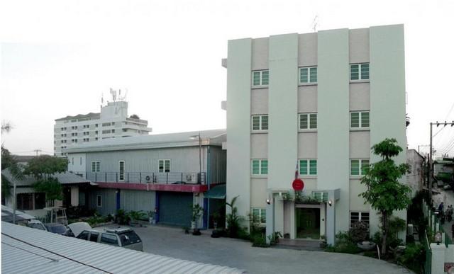 For RentHouseLadprao101, The Mall Bang Kapi : ให้เช่าและขายสำนักงาน 4 ชั้น พร้อมโกดัง 355 ตรว. 1440 ตรม. ลาดพร้าว64 สุทธิสาร ห้วยขวาง เหม่งจ๋าย