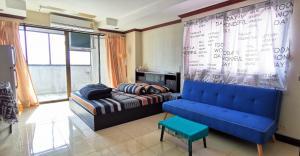 For SaleCondoRatchadapisek, Huaikwang, Suttisan : Condo for sale Srivara Mansion fully furnished.