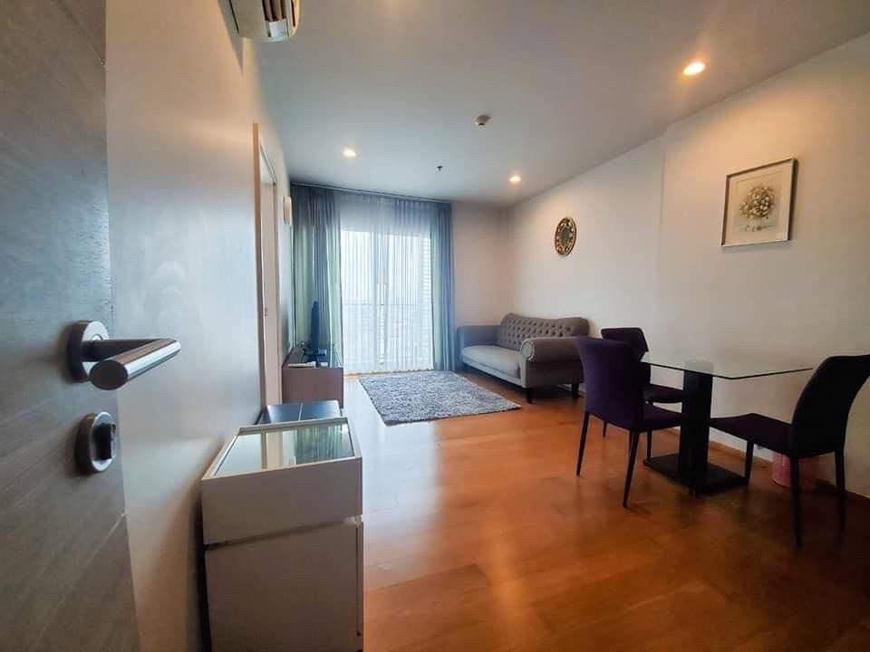 For RentCondoWongwianyai, Charoennakor : (Code T06066405) Condo for rent, Hive Taksin (Hive Taksin), fully furnished, ready to move in, 1 minute walk to BTS Wongwian Yai.