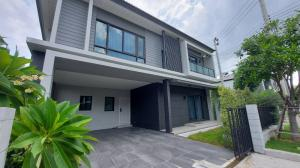 For SaleHouseBangna, Lasalle, Bearing : Detached house Centro Bangna Km. 7 behind the corner of the front of the house in the north. Fully furnished Behind Mega Bangna 62.5 sq m.