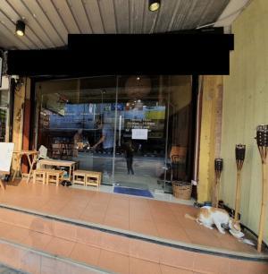 For RentShophouseSukhumvit, Asoke, Thonglor : Commercial buildings for rent near BTS Thonglor, suitable for restaurants, cafes, shops.