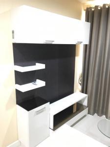 For SaleCondoRatchadapisek, Huaikwang, Suttisan : Condo for sale Metro Sky Ratchada (Property Perfect) Tel : 094-3546541 Line : @luckhome Code : LH00429