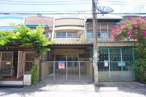 For SaleTownhouseBang kae, Phetkasem : Beautiful townhouse for sale. Phutthachad Village, Petchkasem 81, price 1.49 million