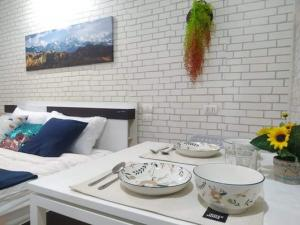 For RentCondoRatchadapisek, Huaikwang, Suttisan : Condo for rent Happy condo Ratchada 18 Nice room fully furnish nice decorate ready to move, Special price