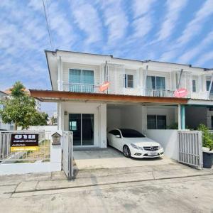 For RentTownhouseChiang Mai : Townhouse for rent near Big C - Mae Hia Market, Chiang Mai-Hang Dong Rd.