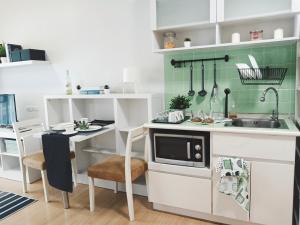 ขายคอนโดพระราม 9 เพชรบุรีตัดใหม่ : For SALE 1.99 M ล้าน 1bedroom  35sqm📣 1ห้องนอนAspace Asoke ratchada MRTพระราม9. Fortune   ลดจาก 2.9M✅  35ตรม F.8  ห้องสวย ทำใหม่. E Building ✅  size 1ห้องนอน 1ห้องน้ำ  1ระเบียง 1นั่งเล่น แยกส่วน  ✅  Aspace Asoke ratchada  ห้องสวย วิวดี ✅  ใกล้ F