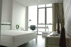 For RentCondoWongwianyai, Charoennakor : For RENT [ The Room Wongwian Yai ] 2 Bed 2 Bath / next to BTS Wongwian Yai