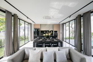 For SaleHouseChiang Mai : Beautiful house, pool villa, modern style, Hang Dong.