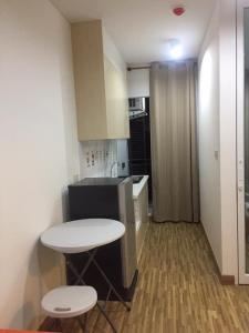 For RentCondoBangbuathong, Sainoi : Condo for rent The Iris Bang Yai *Ready to move in, has a washing machine*, next to central West Gate (Bang Yai)
