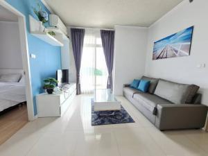 For SaleCondoPattaya, Bangsaen, Chonburi : Seahill Sriracha 2 bed seaview FL.12 bld.A corner big balcony 0821693629