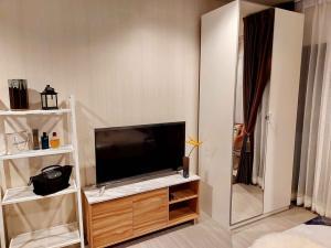 For RentCondoRama9, RCA, Petchaburi : Condo for rent Life Asoke - Rama 9 (Life Asoke - Rama 9)