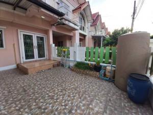 For RentTownhouseSamrong, Samut Prakan : Townhouse for rent near BTS Samrong, fur + air 2