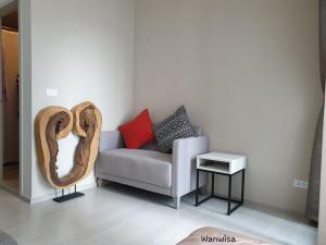 For RentCondoBang Sue, Wong Sawang : Condo for rent, Chapter One Shine, Bang Pho, studio room 8500 baht.