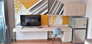 For RentCondoSapankwai,Jatujak : LPN Chatuchak, nice room, good price