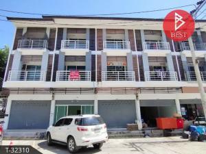 For SaleShophouseSamrong, Samut Prakan : 3-storey commercial building for sale, Kittinakorn Village, Bang Bo 2, Samut Prakan.