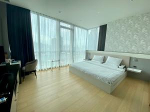 For SaleCondoSukhumvit, Asoke, Thonglor : Hot deal!! High condo 2bed|2bath [125sqm.] Available for you.